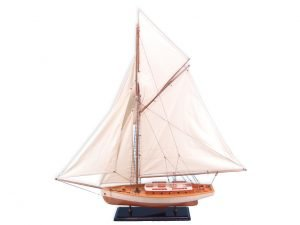 Model Yacht - Traditional Yacht